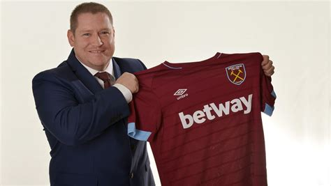 West Ham Ladies appoint former Chelsea & Liverpool coach