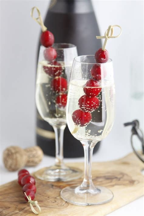 Cheers to a New Year's Eve Party - bell' alimento