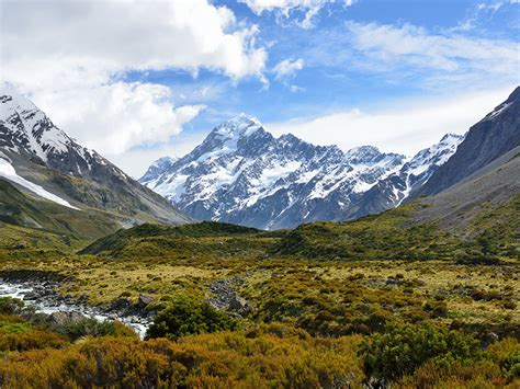 Revising the Displacement History of New Zealand's Alpine