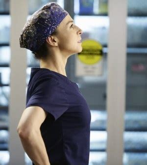 """TV REVIEW: Amelia Shepherd Goes """"The Distance"""" on Grey's"""