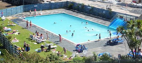 Hayle Outdoor Swimming Pool - Hayle | Cornwall Guide