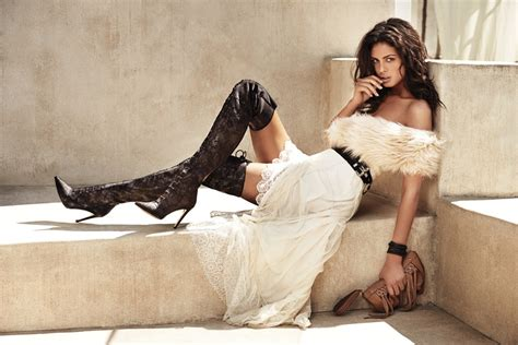 Guess Accessories 2014 Fall/Winter Campaign w/ Samantha