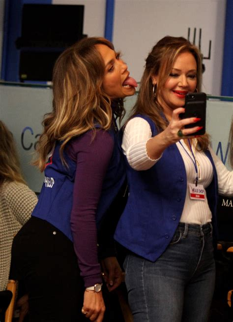 Jennifer Lopez and Leah Remini Snap Selfies on Set of New