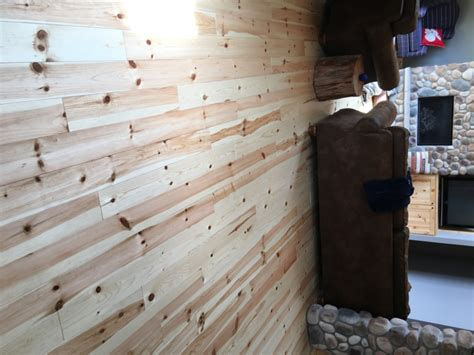 Knotty Pine Flooring | Pine Decking | Woodworkers Shoppe