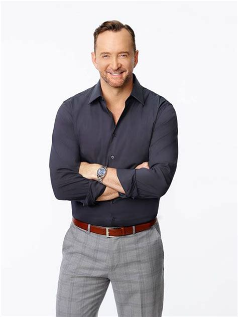 Clinton Kelly's Top Tips for Hosting a Chic Cocktail
