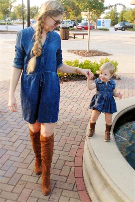 12 Photos Of Mom And Daughter Twinning Which Are Too