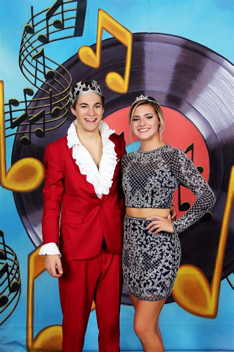 2018 Dover Homecoming king and queen - News - Times