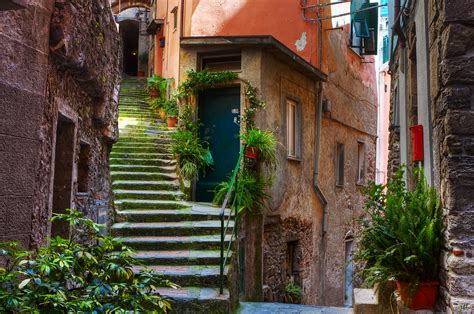 Vernazza II | On the streets of Vernazza, Cinque Terre